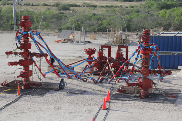 Frac Stack and Zipper Manifold